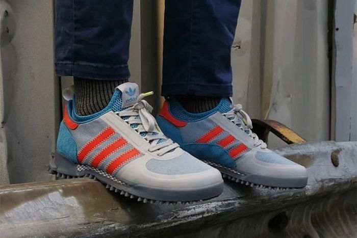 tráfico ropa Desventaja  size? Drop Greenland-Inspired adidas Marathon TR   Dress with sneakers,  Adidas, Adidas trail