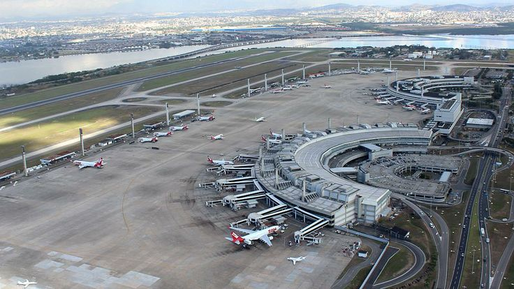 Aeroviários decretam greve de 24 horas no Rio - Brasil - Notícia - VEJA.com