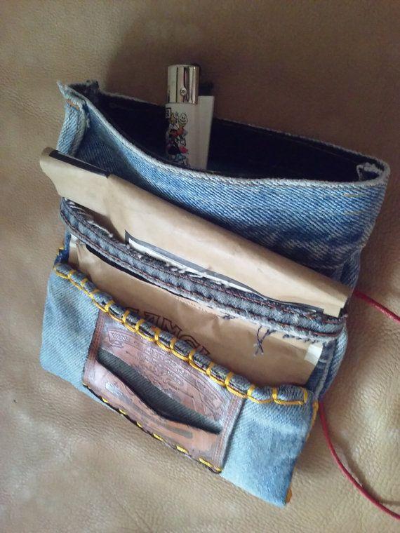 Portatabacco fatto a mano in jeans riciclato di robafattamman