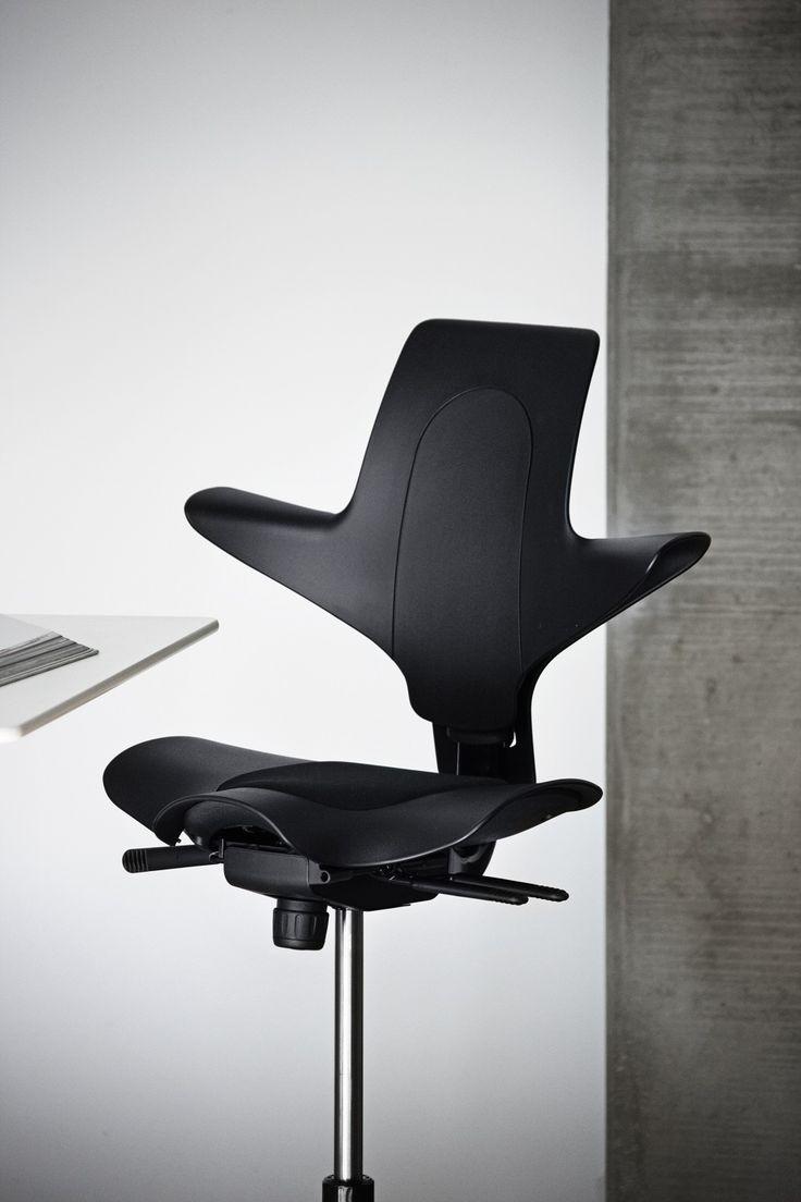 Elegance #HÅGCapiscoPuls #Black #InspireGreat Work #design #Scandinavian #office