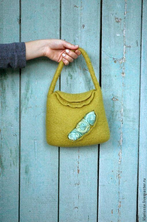 Купить Маленькая желто-зеленая сумочка с бирюзовыми розами - желто-зеленая сумка, маленькая сумка