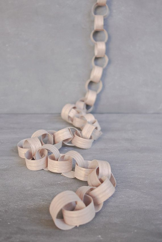 DIY wooden garland chain -use the glue on strip for plywood...