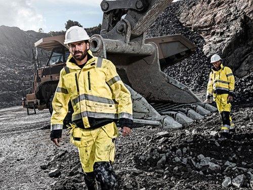 Blåkläder Workwear http://www.woltex.nl/Blaklader-Workwear.html Blåkläder Workwear (ook wel geschreven als Blaklader) produceert professionele werkkleding die naast veilig ook functioneel is en er goed uit ziet. De bedrijfskleding en overige producten van Blåkläder moeten het werk van uw werknemers veiliger, comfortabeler en gemakkelijker maken.