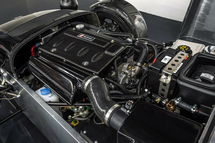 Under the hood of the Caterham Seven 480.  Email us at sales@hillbankusa.com for more details.