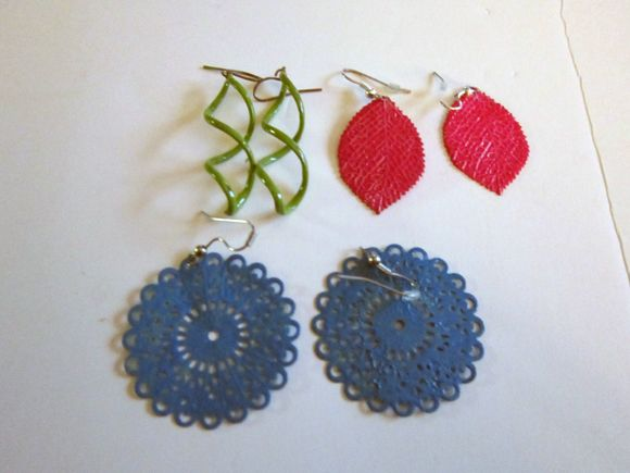 "Nail Polish to ""paint"" your old earrings"