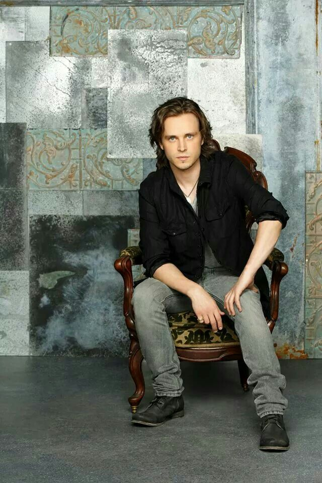 Jonathan Jackson .......... From the TV show, Nashville. Love seeing him getting to sing on a show again. Great voice and great actor.