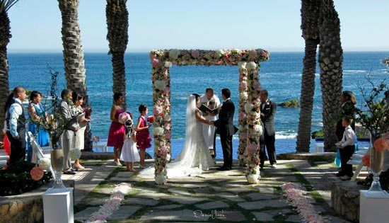 Ceremony with a stunning ocean backdrop