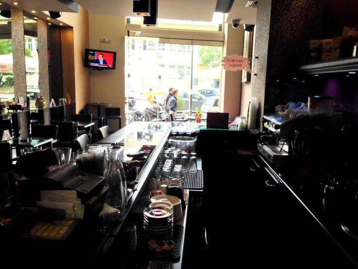 La Caffetteria inside bar
