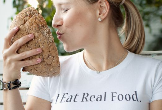 Interview with Kath from Kath Eats Real Food: Tips for Happy Eating & Developing a Healthy Food Mindset http://www.chickrx.com/articles/interview-with-kath-from-kath-eats-real-food