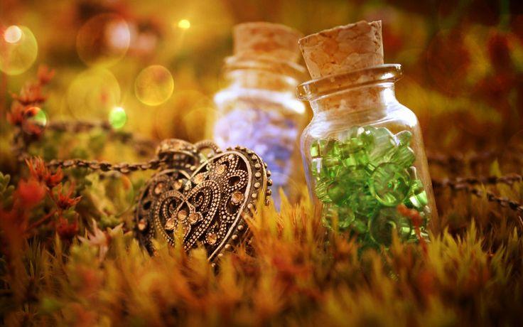 A venit toamna. Alege noi accesorii de poveste. www.bezy.ro
