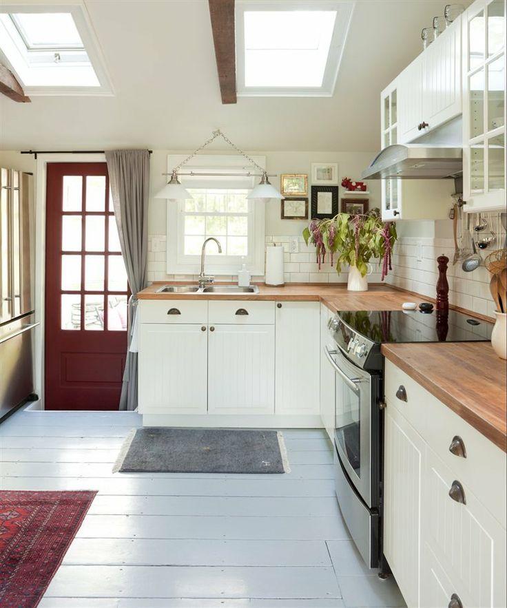 MEMBER'S HOME: STANFORDVILLE   IKEA Magazine   Ikea Kitchen cabinets & butcher block counters