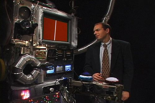 https://flic.kr/p/5Udzpd | Liebotron and Paul | Prop supercomputer I made for a TV pilot staring Paul Scheer, 2003