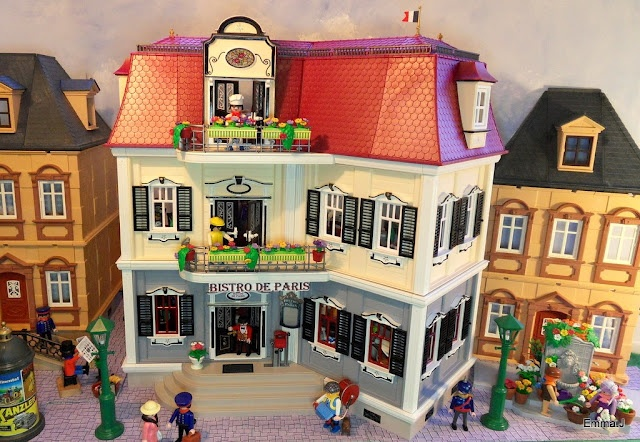 I always wanted playmobil as a kid :( so if I had kids (and was super rich) they would have a village!