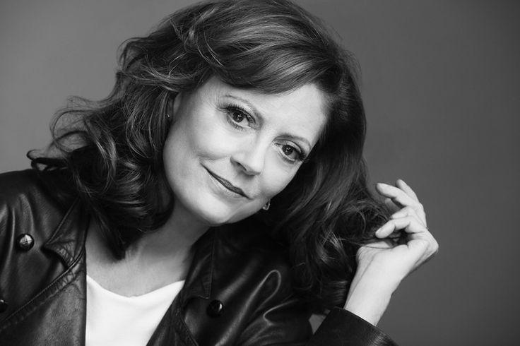 L'Oreal Paris объявил Сьюзен Сарандон новой посланницей красоты: она будет представлять антивозрастные средства марки. Для нас это стало хорошим поводом послушать, что актриса думает о возрасте, красоте и женщинах, и поделиться с вами ее секретами.