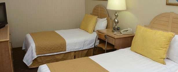 HOTEL DE 3 ESTRELLAS SOBRE AVENIDA MADERO EN MONTERREY MEXICO  TERRENO: 397 M2.CONSTRUCCIÓN: 1256 M2.FRENTE: 11.FONDO 36.PRECIO DE VENTA: $25´000,000.00 ...  http://monterrey-city-2.evisos.com.mx/hotel-de-3-estrellas-sobre-avenida-madero-en-id-572518