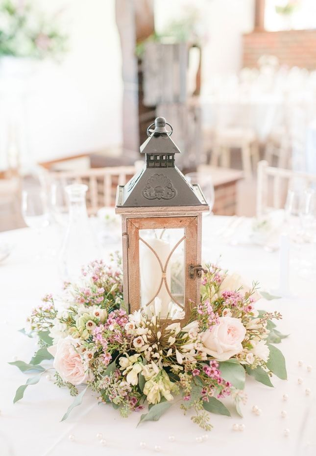 Save this for 14 pastel wedding decor ideas for your spring nuptials.