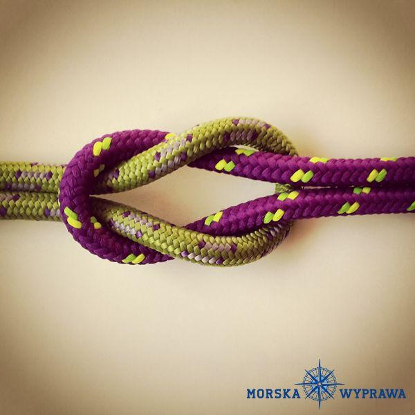 węzły żeglarskie - prosty (płaski) - służy do łączenia dwóch lin o tej samej grubości i elastyczności