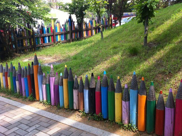 Foto della recinzione da giardino ispirata ai colori pastello