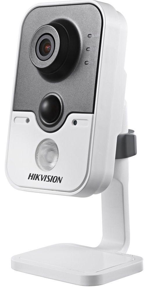 IP видеокамера Hikvision DS-2CD2452F-IW (2.0 мм)