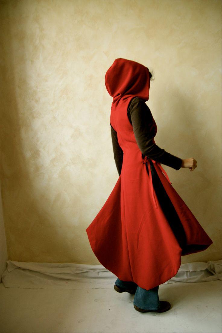 Hooded Medieval Tunic Winter Version - LARP. €140.00, via Etsy.