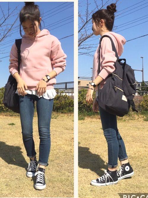 今日は韓国の高校生みたいになりました(。-_-。) ピンクパーカー可愛いんですけど、もっと可愛い合わ