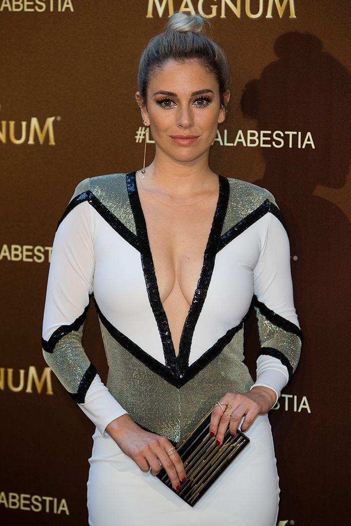 Guía de estilo con 100 looks de Blanca Suárez - StyleLovely  http://stylelovely.com/galeria/100-looks-blanca-suarez/