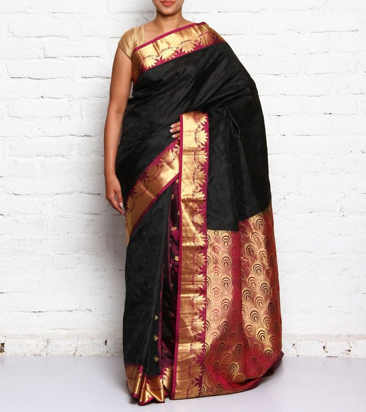 With its collection of exquisitely woven Kanjivaram sarees, the brand Kanjivaram Silks transpires you the primitive feel of Tamil Nadu.