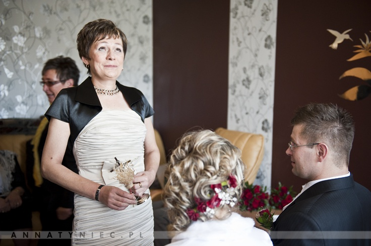 Błogosławieństwo rodziców | https://www.facebook.com/AnnaTyniecFotografie | fotografia ślubna Wrocław | Anna Tyniec