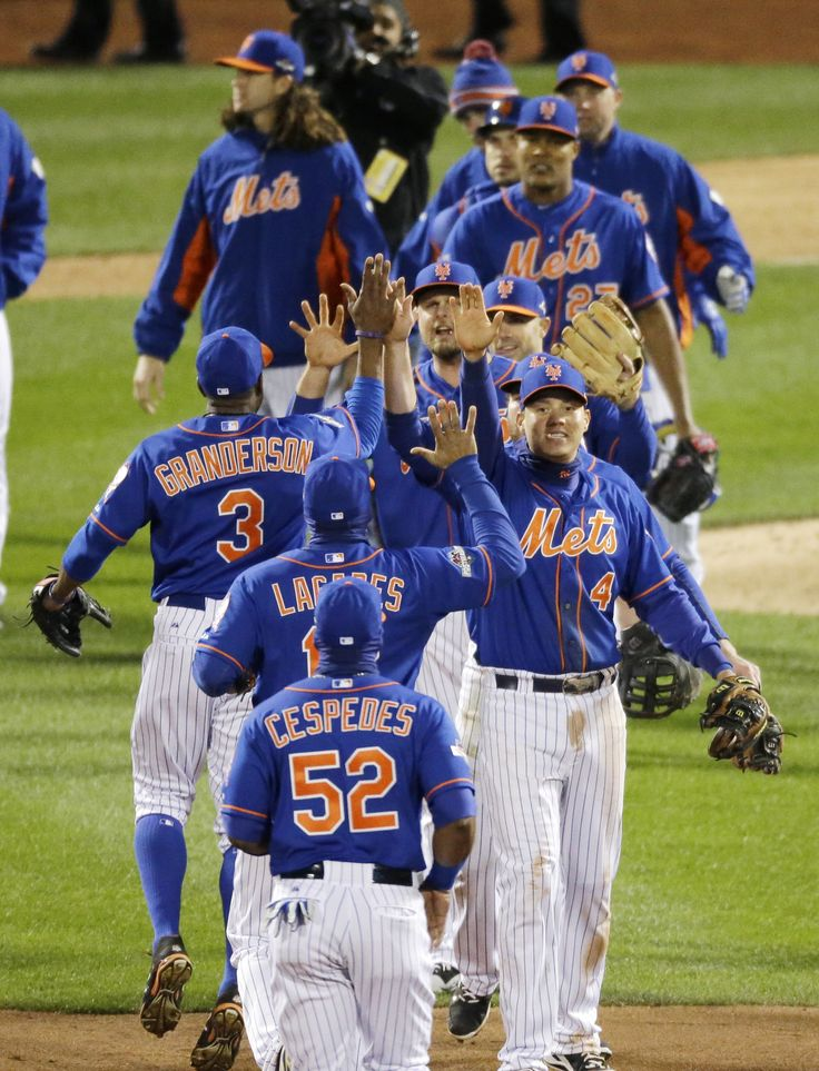 New York Mets celebrate after Game 1 of the National