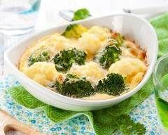 Gratin de chou fleur et de brocolis à la mimolette : http://www.cuisineaz.com/recettes/gratin-de-chou-fleur-et-de-brocolis-a-la-mimolette-33526.aspx