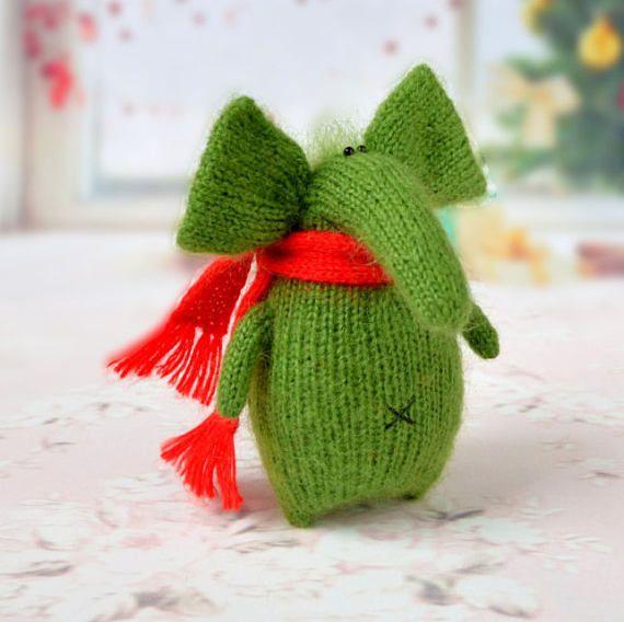 Funny green elephant Amigurumi Toy Miniature elephant wild