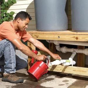 How to Build a Rain Barrel  This may have to wait until the fall, but I will def be doing this.  Watering all those plants gets expensive!  And rain water is soooo much better.Water, Projects, Ideas, Rain Barrels, Buildings, Gardens, Families Handyman, Yards, Diy Rain
