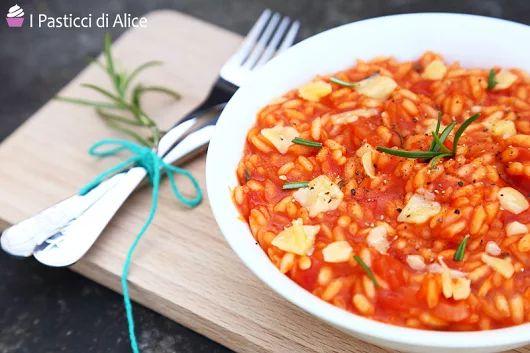 Risotto al Pomodoro Ricetta Semplice | I Pasticci di Alice!