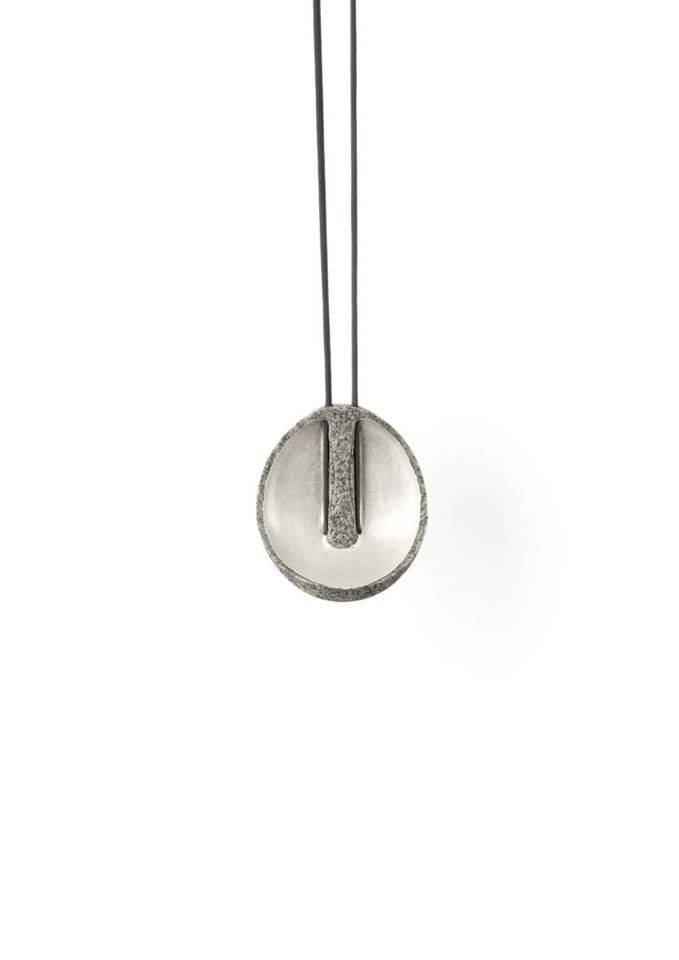 "Edu Tarín (MFA 2015) • Pendant ""Mold F1"" • Granite and silver • 2015"