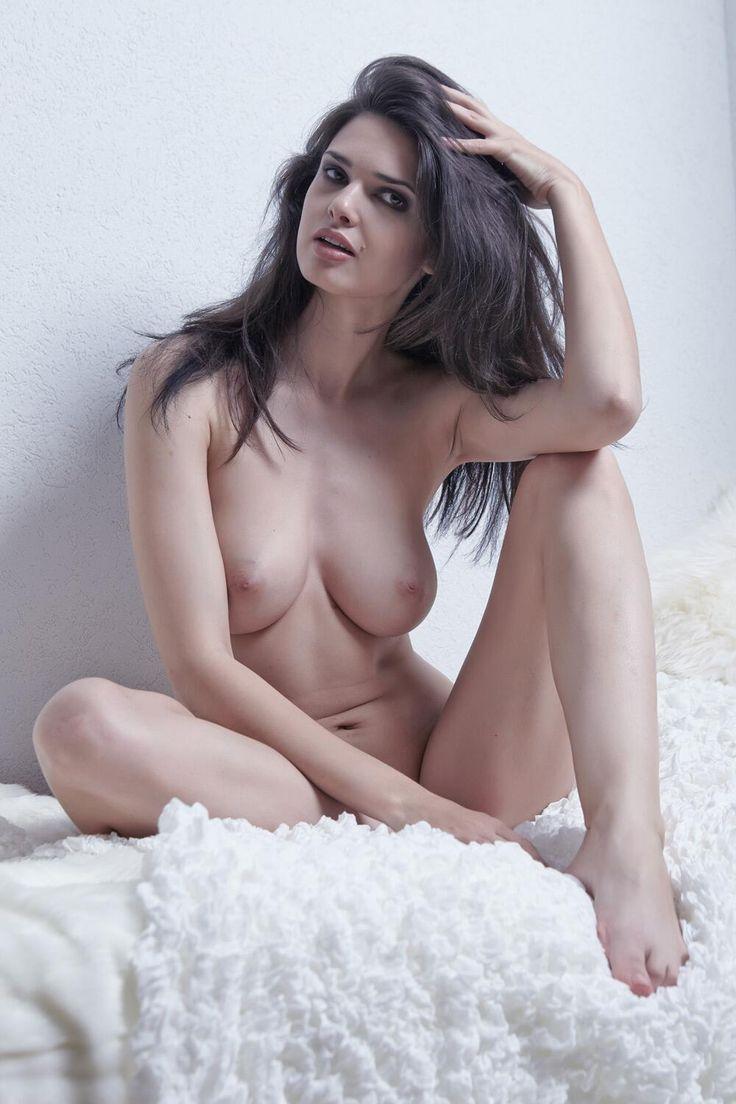 persian girl nude dance