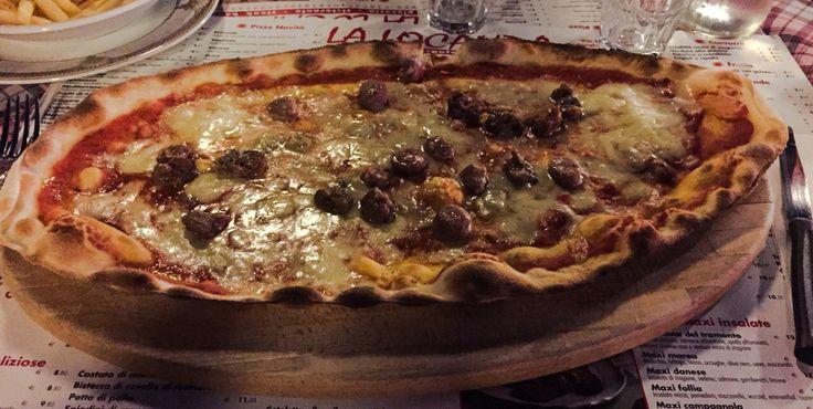 Pizza ovale @ La Locanda, Padenghe del Garda (BS), Italy