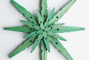 DIY Dyed Clothespin Snowflake Christmas Ornaments