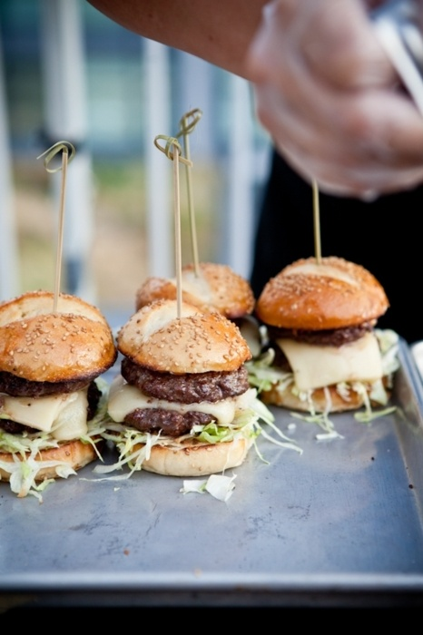 When I'm rich and famous I'm going to have amazing outside rendez-vous and serve these because it's awesome