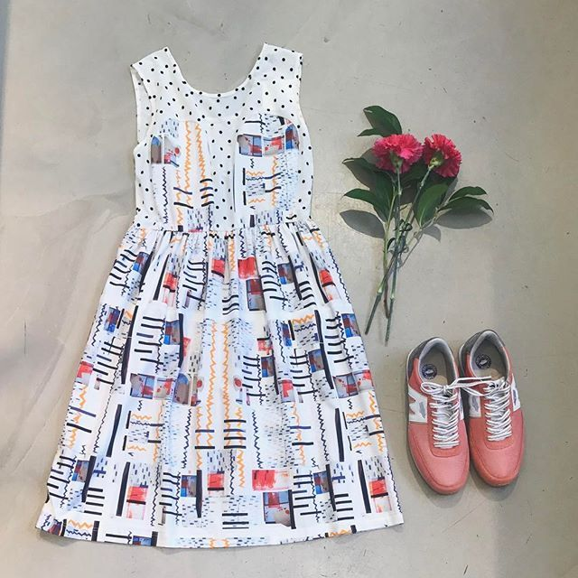R/H STORE Instagram Mickey Dress in Dots/Suad, 185€  Karhu Albatros Elite, Lantana/White,90€ #mickeydress #suadprint #rhprint #karhualbatrosselite #homeonholidaycollection #rhstore #rhstudio #fredrikinkatu #ddhelsinki