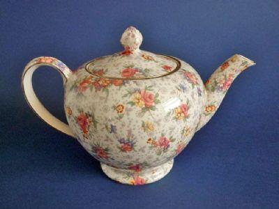 Royal Winton 'Eleanor' Chintz Alban Teapot c1945