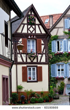 Traditional old German houses with timber framing - beautiful and utterly fascinating, especially when you consider that many of these old timbered houses are a few hundred years old!