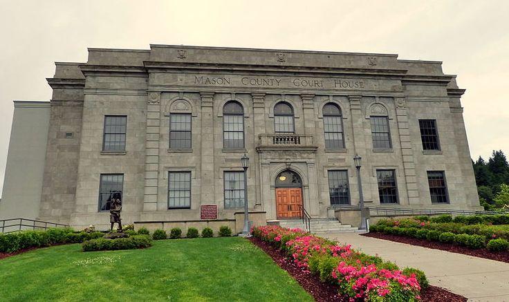 Mason County Courthouse in downtown Shelton