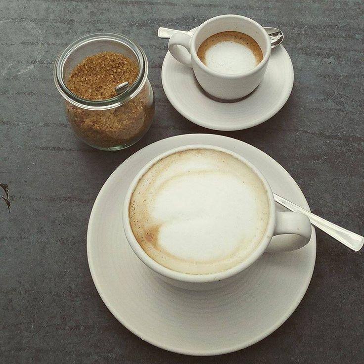 ALMALOMB - a cappucinom, egy jó erős és a cukorka