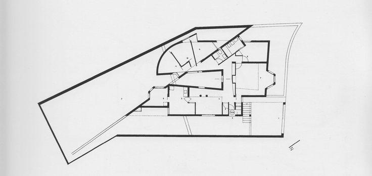 Alvaro Siza, plan for Casa Antonio Carlos Siza. (Alvaro Siza, Private Houses 1954-2004).