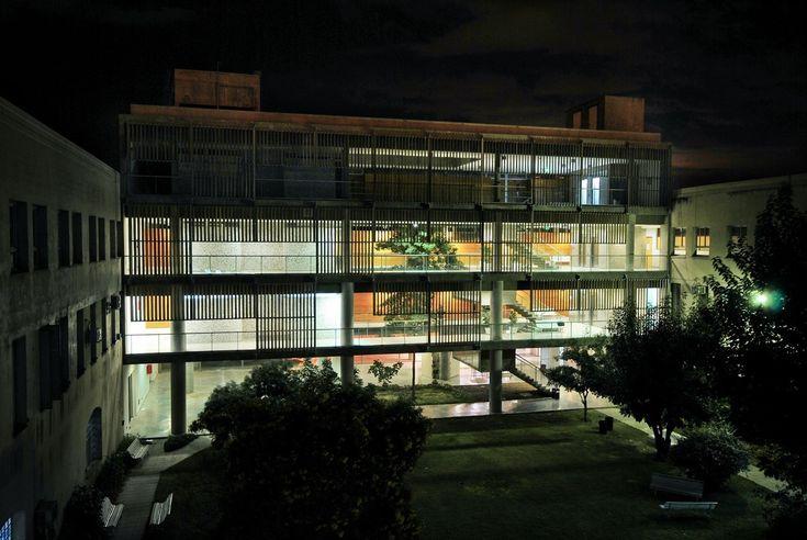Galería de Ampliación Universidad Católica de Santa Fe / Javier Mendiondo + Lucila Gómez - 19
