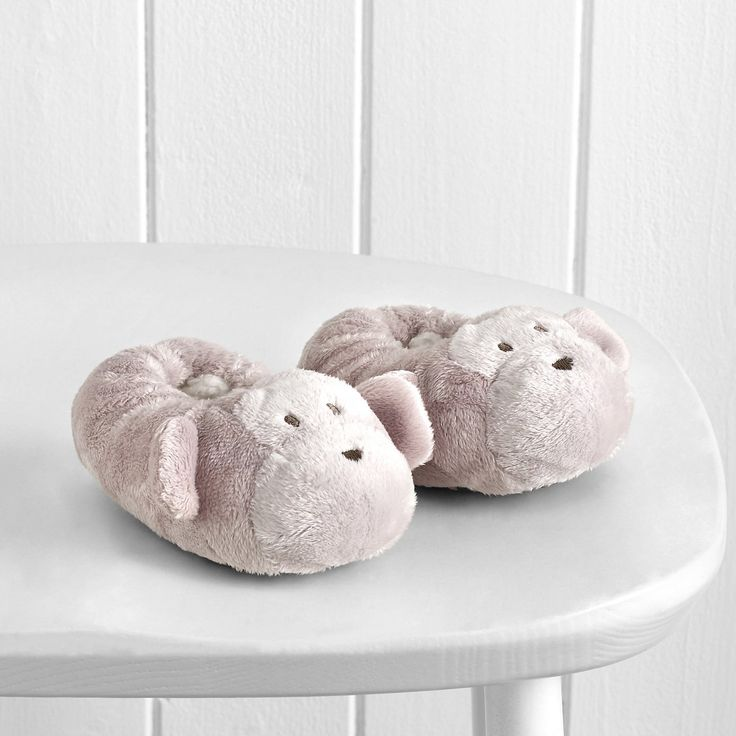 Monkey Snuggle Baby Slippers - Natural AW 2015 http://www.parentideal.co.uk/the-white-company---baby-boys-clothing.html