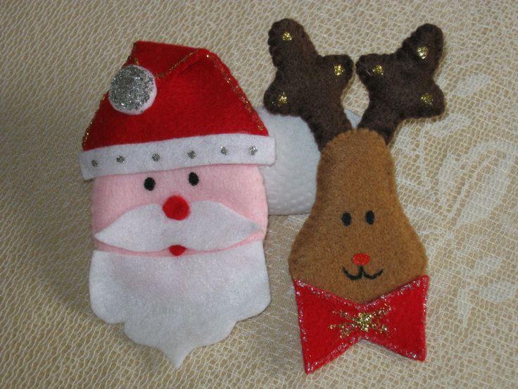 Carita de papa noel y reno hechos en paño lency y con detalles pintados a mano, ideales para colgar en el arbol de navidad..