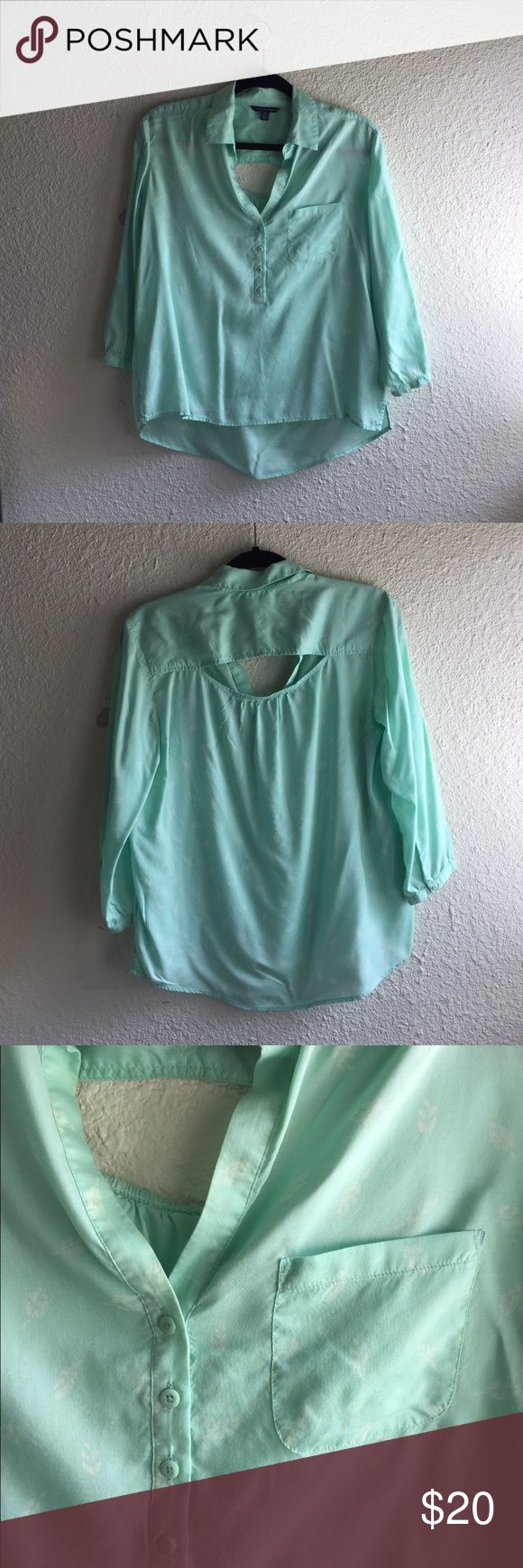 American Eagle shirt Mint green shirt with leaf print. 3/4 sleeve and hi low hem. American Eagle Outfitters Tops Button Down Shirts