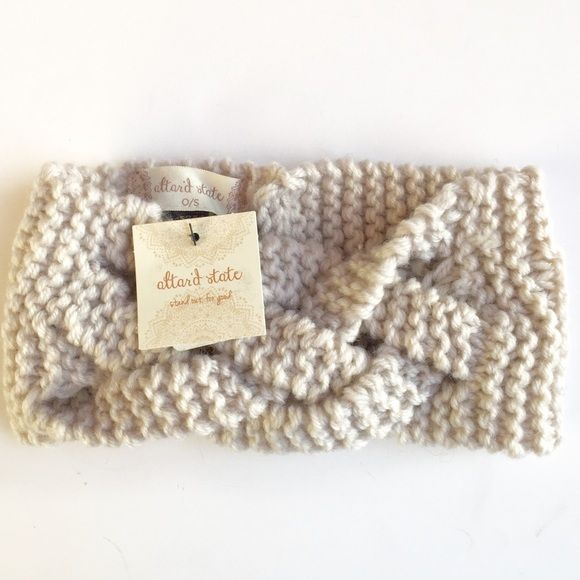 """Basket Weave Hair Wrap Great Basket Weave Hair Wrap in off white!  8 1/2"""" length 4"""" wide stretch thick knit material 100% acrylic. altar'd state Accessories Hair Accessories"""