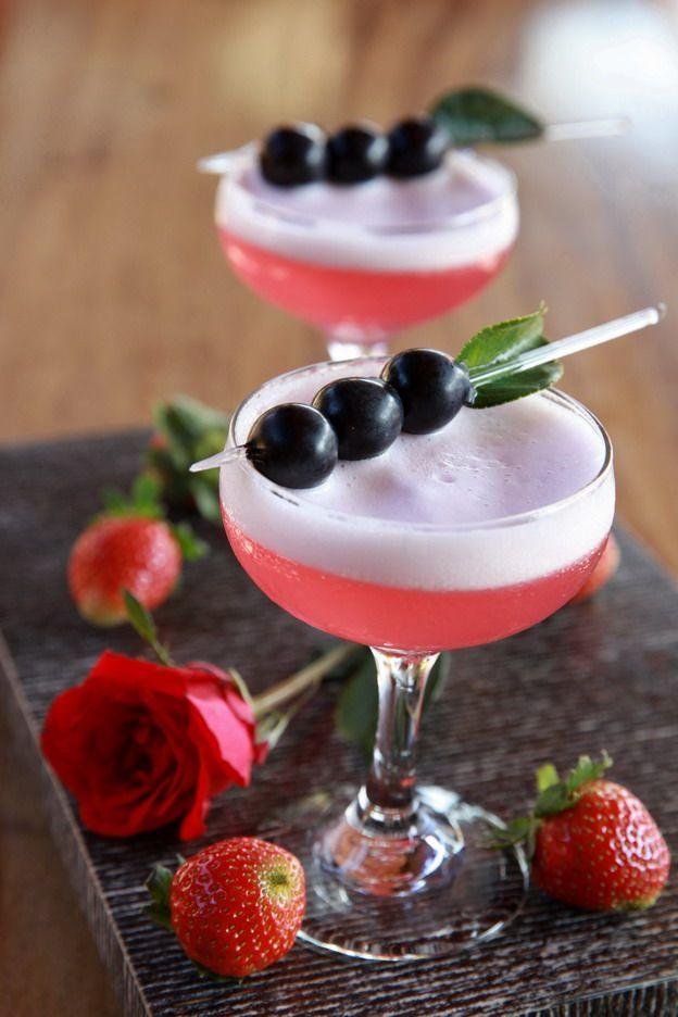 The Martini Bar - Twin Amoura